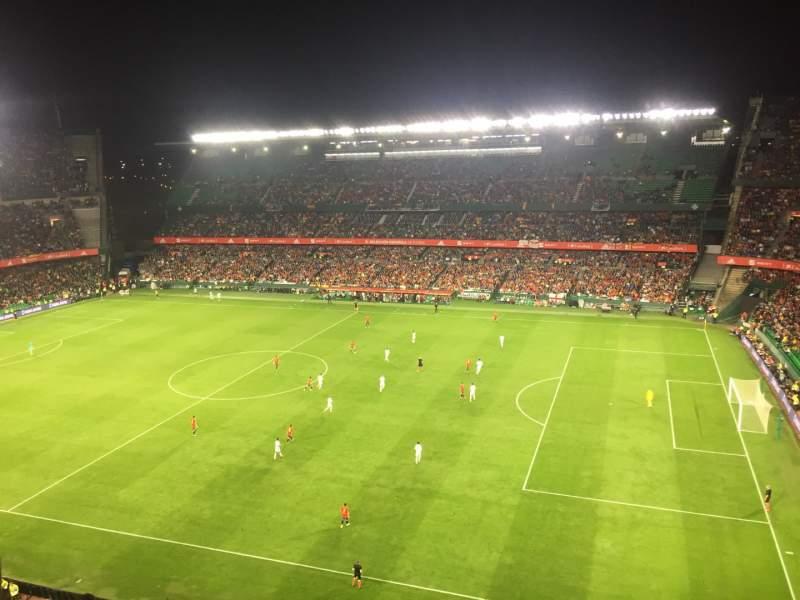 Vista sentada para Estadio Benito Villamarin Secção 19 Fila 8 Lugar 170