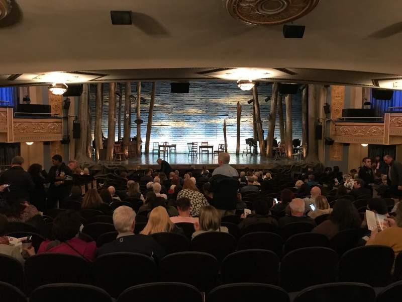 Vista sentada para Gerald Schoenfeld Theatre Secção Standing Room Fila SRO Lugar 104