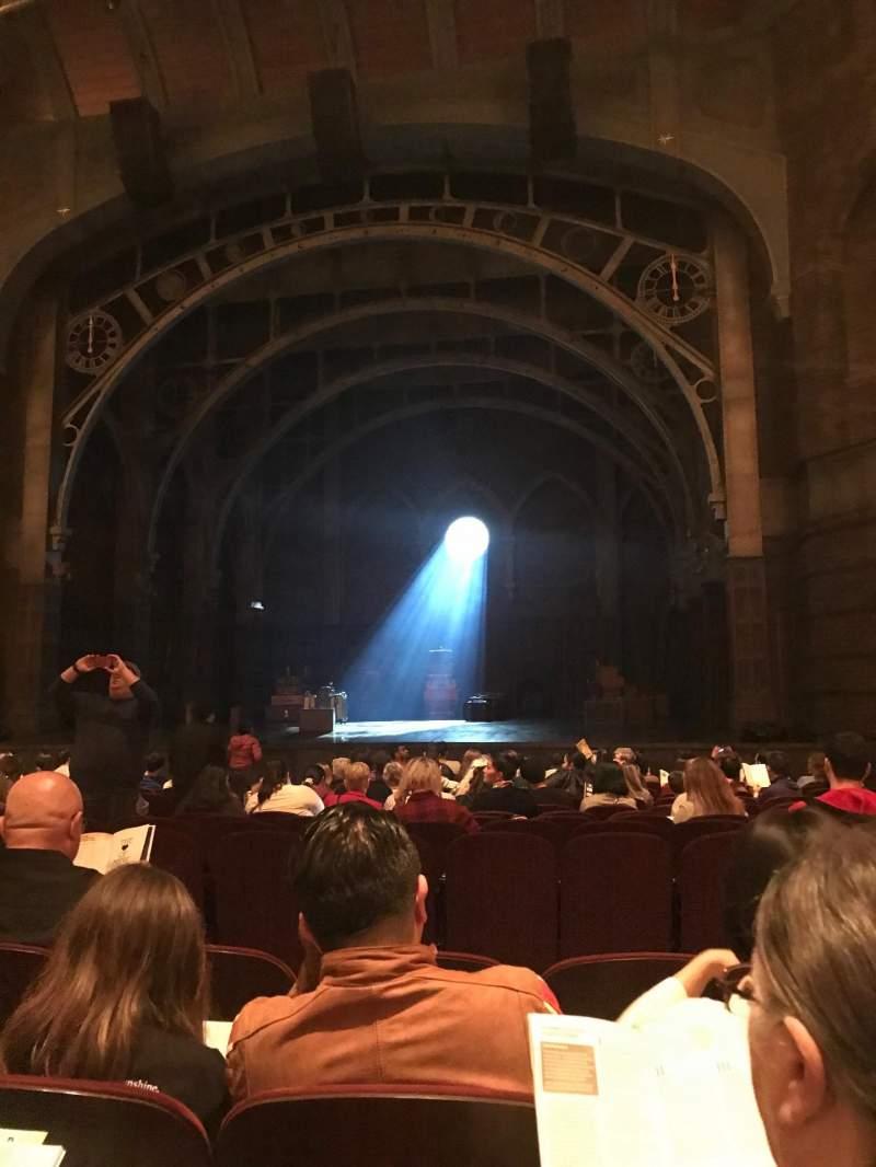 Vista sentada para Lyric Theatre Secção Orchestra R Fila N Lugar 14
