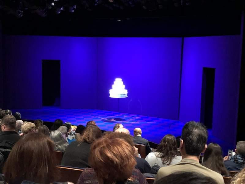 Vista sentada para Manhattan Theatre Club at the New York City CenterFila J Lugar 12