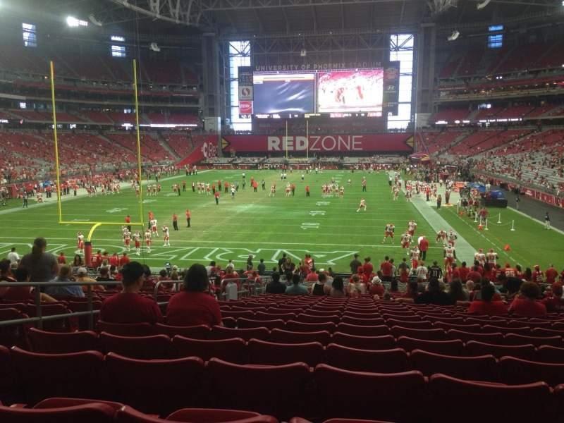 Vista sentada para State Farm Stadium Secção 117 Fila 31 Lugar 14