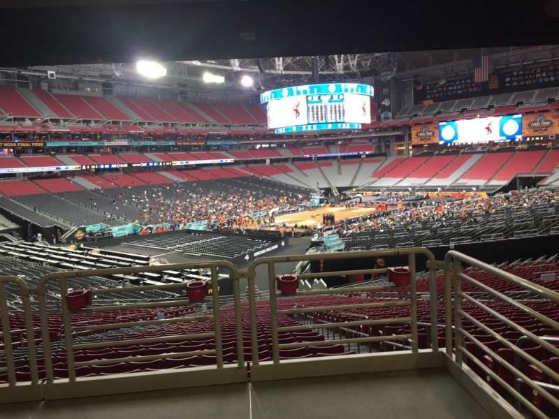 Vista sentada para State Farm Stadium Secção 136 Fila WC Lugar 16