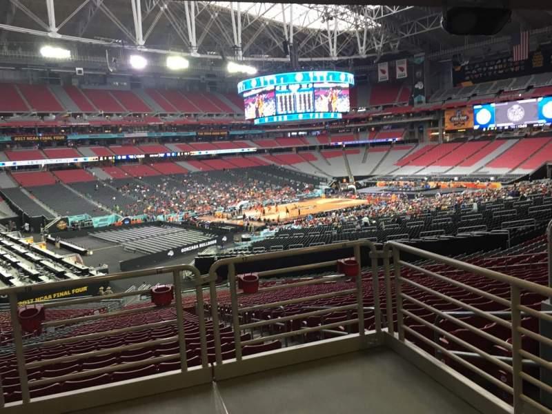 Vista sentada para State Farm Stadium Secção 135 Fila WC Lugar 18