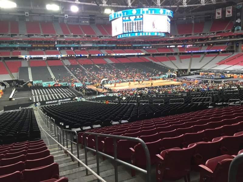 Vista sentada para State Farm Stadium Secção 134 Fila 37 Lugar 1