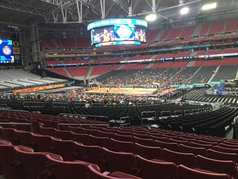 Vista sentada para State Farm Stadium Secção 125 Fila 36 Lugar 36