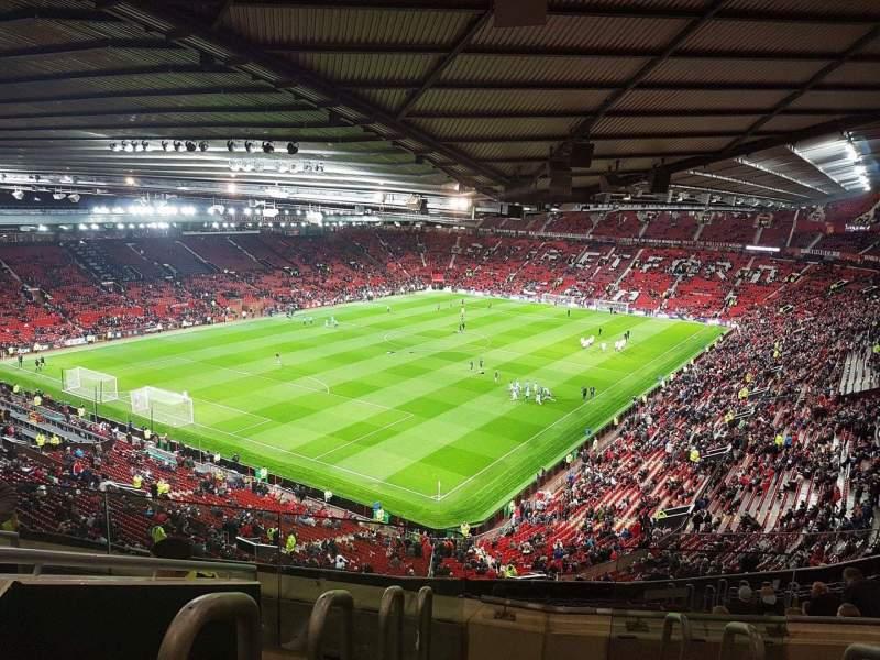 Vista sentada para Old Trafford Secção NE3425 Fila 22 Lugar 114