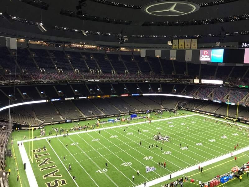 Vista sentada para Caesars Superdome Secção 620 Fila 15 Lugar 6