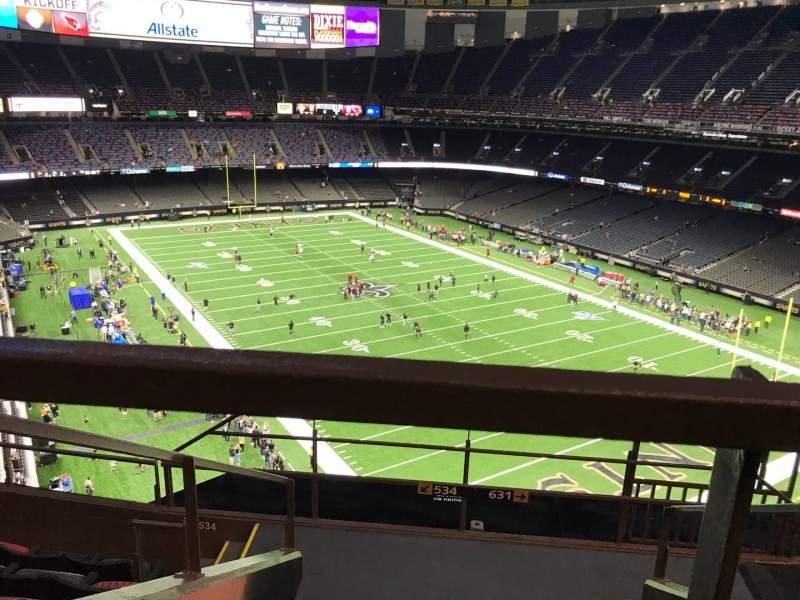 Vista sentada para Caesars Superdome Secção 633 Fila 6 Lugar 3