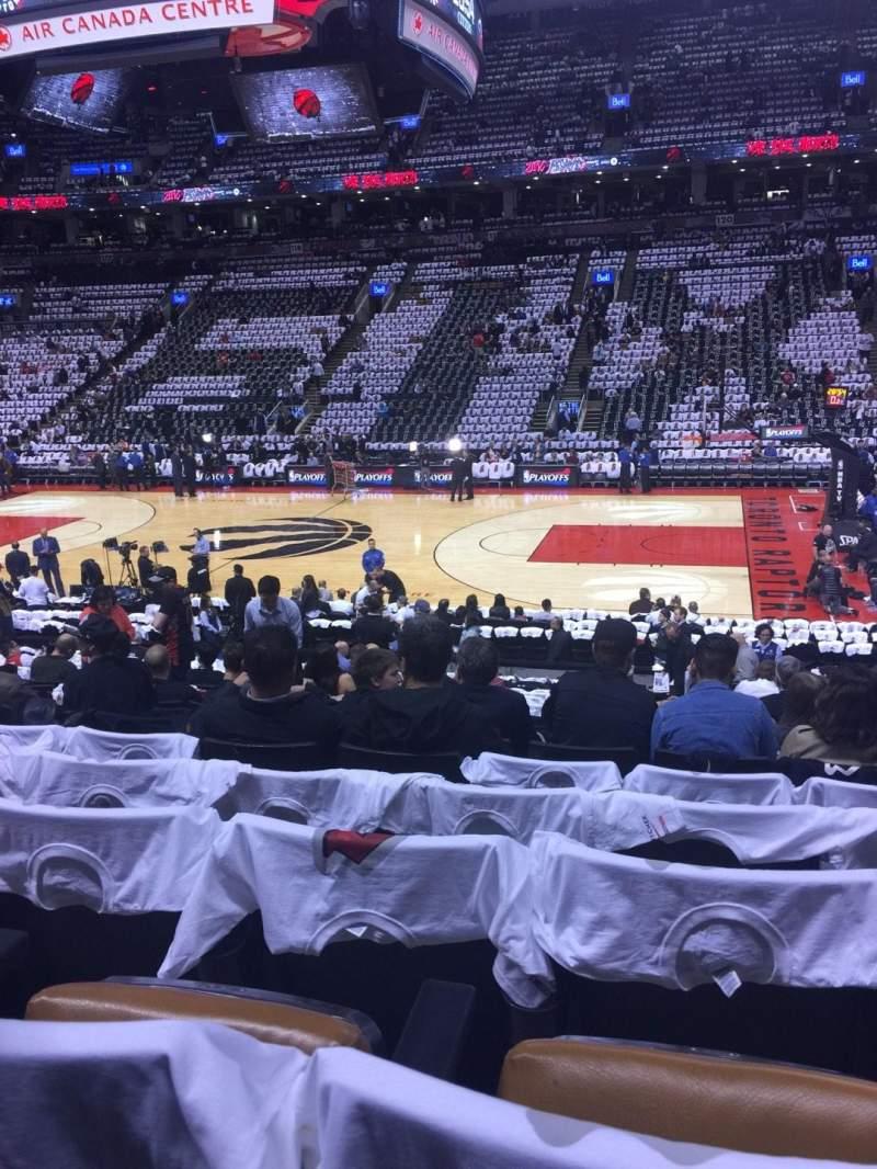 Vista sentada para Scotiabank Arena Secção 107 Fila 19 Lugar 13