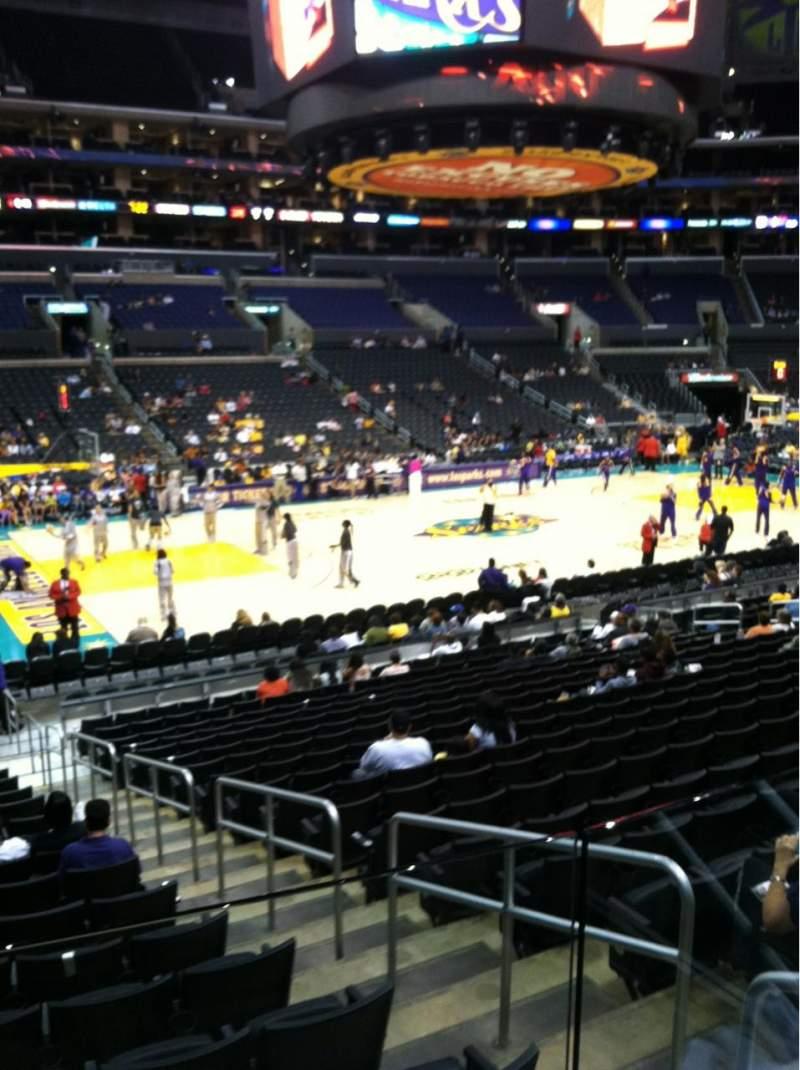 Vista sentada para Staples Center Secção 113 Fila 18 Lugar 2
