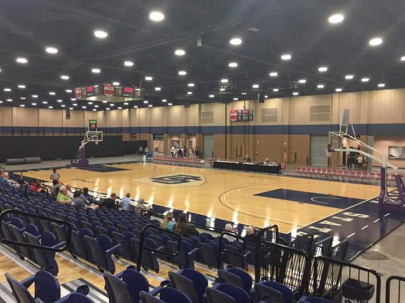 Vista sentada para Mashburn Arena Secção 4 Fila LL Lugar 1