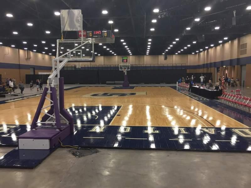 Vista sentada para Mashburn Arena Secção 1 Fila DD Lugar 10