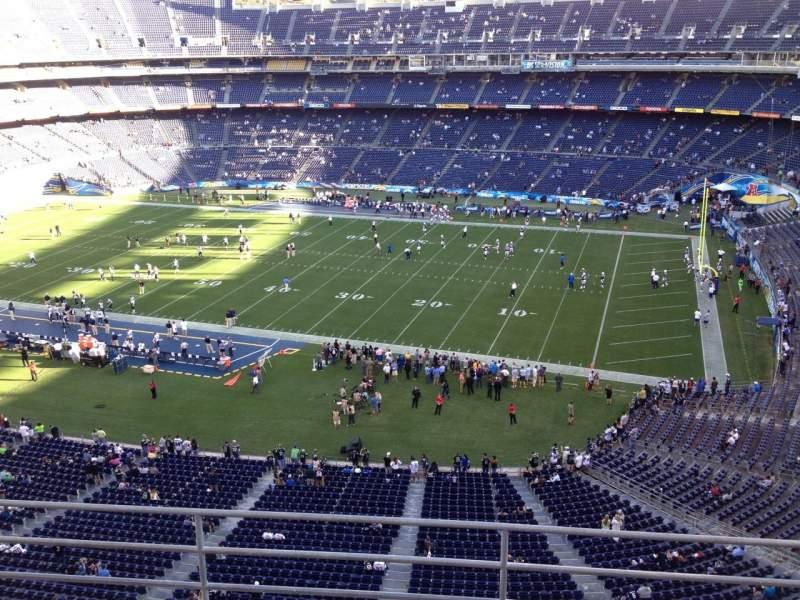 Vista sentada para San Diego Stadium Secção V10 Fila 5a Lugar 4