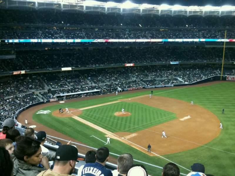 Vista sentada para Yankee Stadium Secção 312 Fila 5 Lugar 1