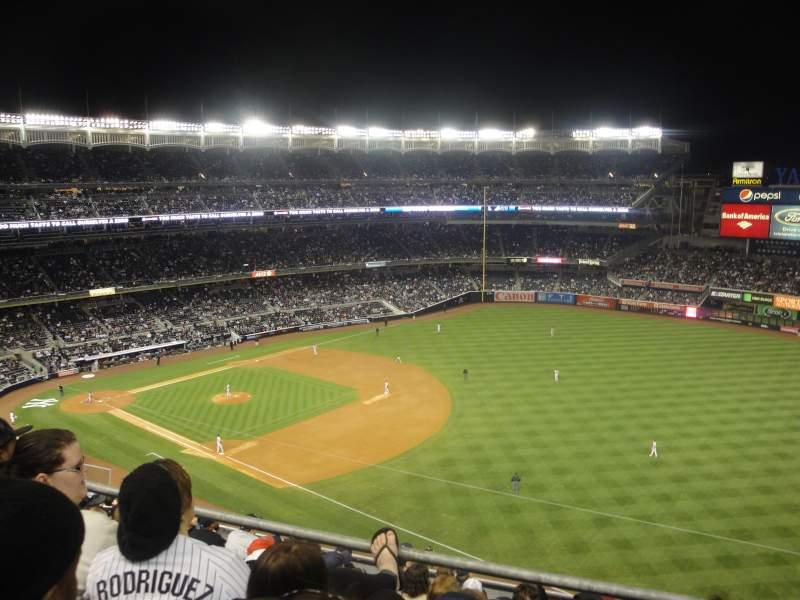 Vista sentada para Yankee Stadium Secção 311 Fila 10 Lugar 2