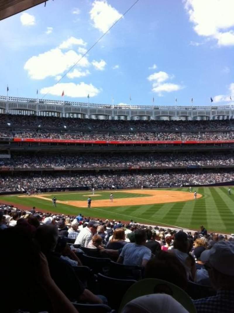 Vista sentada para Yankee Stadium Secção 110 Fila 26 Lugar 1