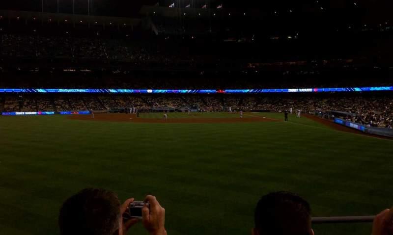 Vista sentada para Dodger Stadium Secção 303PL Fila C Lugar 2