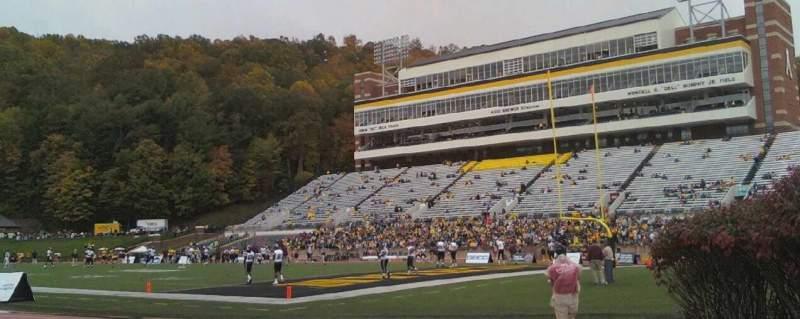 Vista sentada para Kidd Brewer Stadium