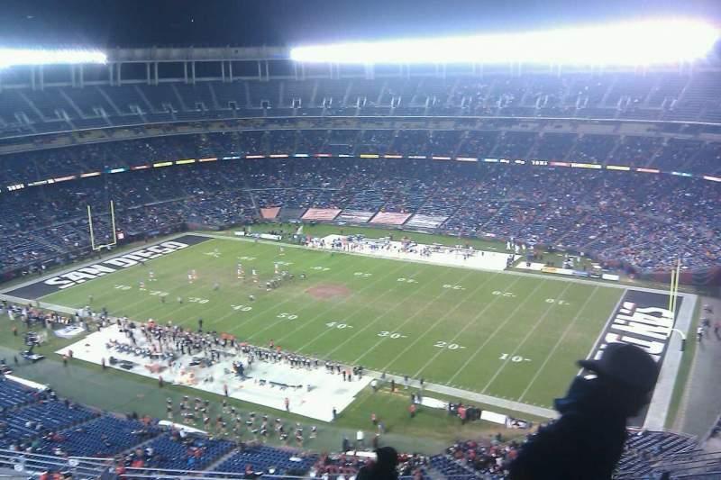 Vista sentada para San Diego Stadium Secção V43