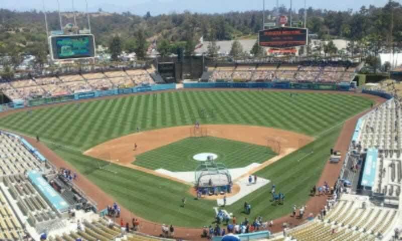 Vista sentada para Dodger Stadium Secção 3TD Fila U Lugar 1