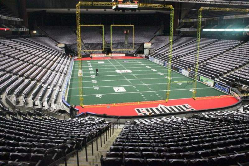 Vista sentada para VyStar Veterans Memorial Arena Secção 109 Fila X Lugar 19
