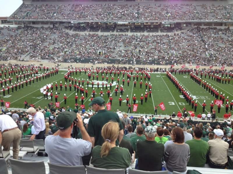 Vista sentada para Spartan Stadium Secção 8 Fila 44 Lugar 13