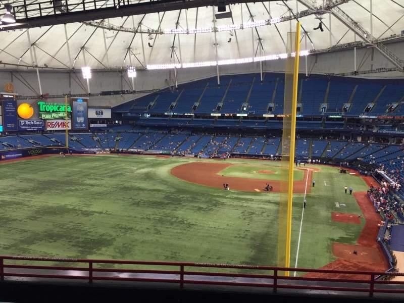 Vista sentada para Tropicana Field Secção 345 Fila F Lugar 26