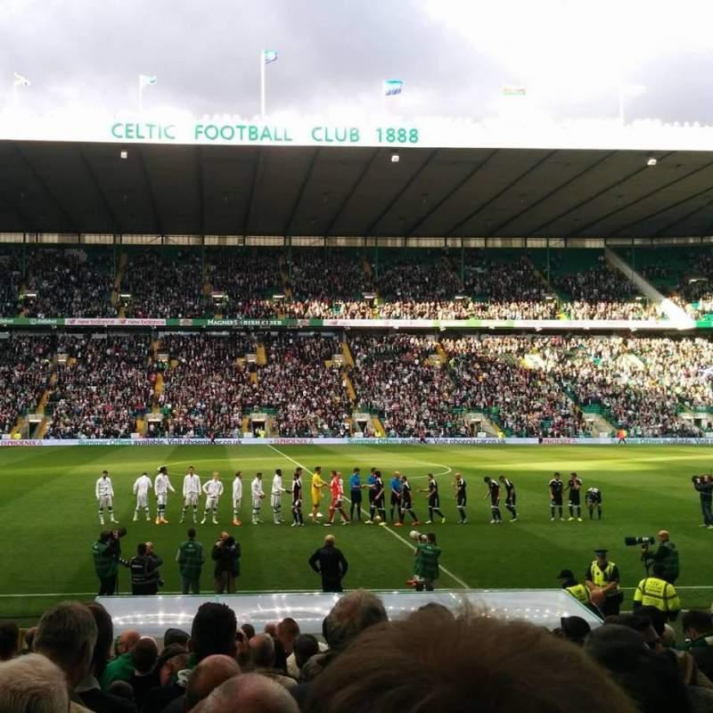 Vista sentada para Celtic Park Secção F4W Fila 19 Lugar 1