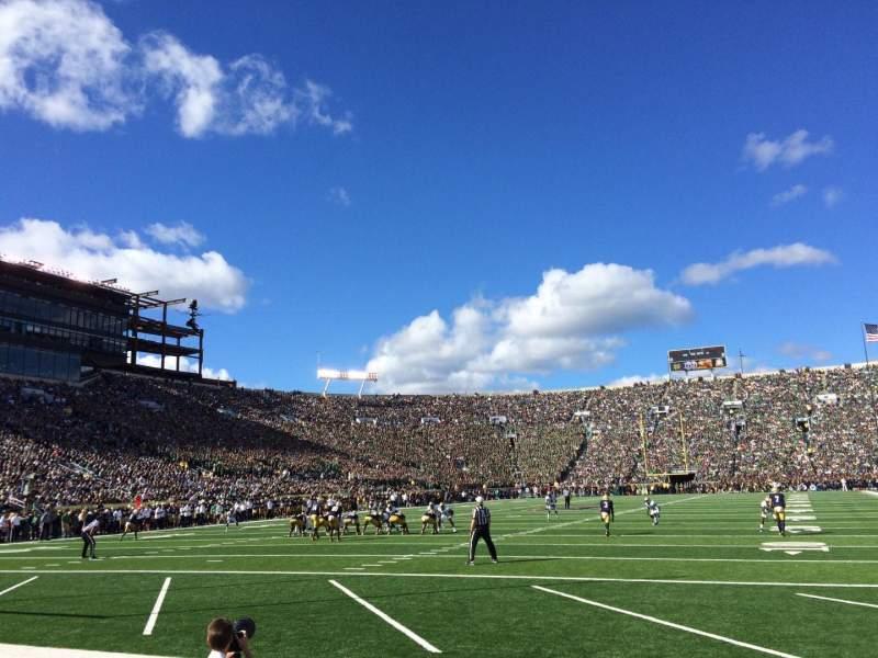 Vista sentada para Notre Dame Stadium Secção FL17 Fila E Lugar 3