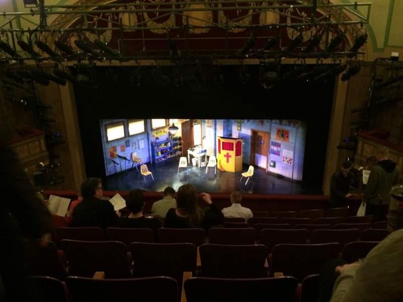 Vista sentada para Booth Theatre Secção Mezzanine C Fila H Lugar 110