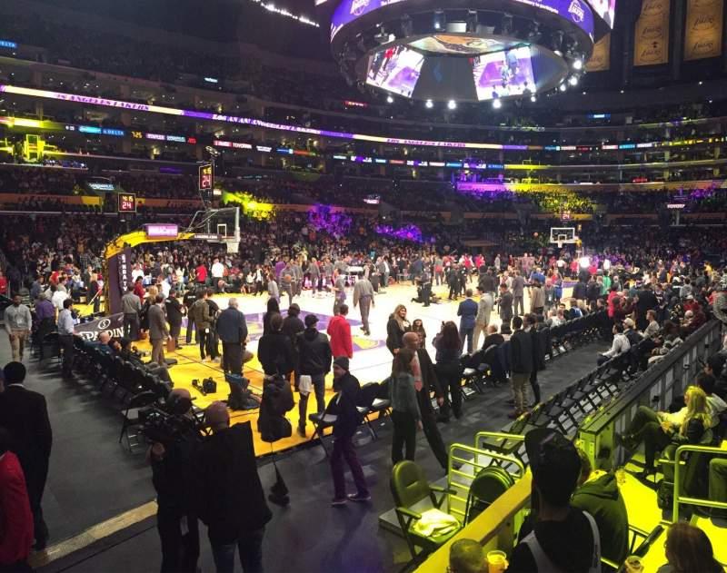 Vista sentada para Staples Center Secção 114 Fila 7 Lugar 1