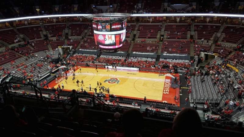 Vista sentada para Value City Arena Secção 321 Fila m Lugar 11