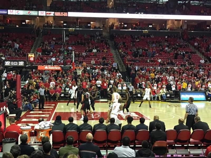 Vista sentada para Xfinity Center (Maryland) Secção 126 Fila J Lugar 10