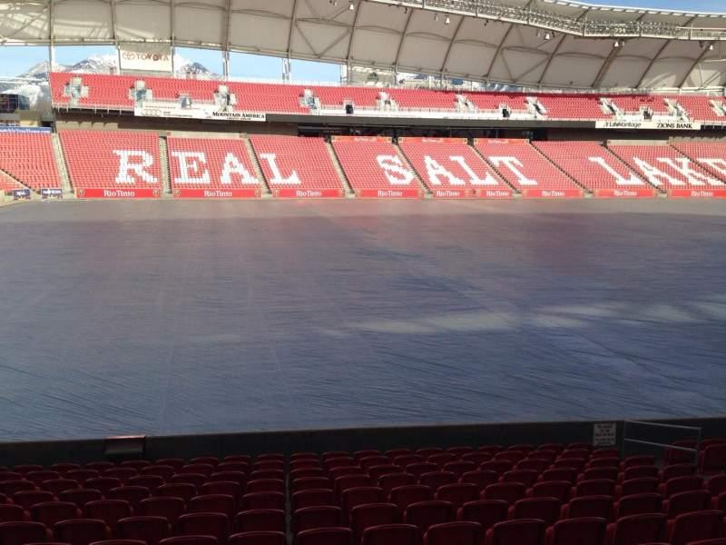 Vista sentada para Rio Tinto Stadium Secção 22 Fila p Lugar 14