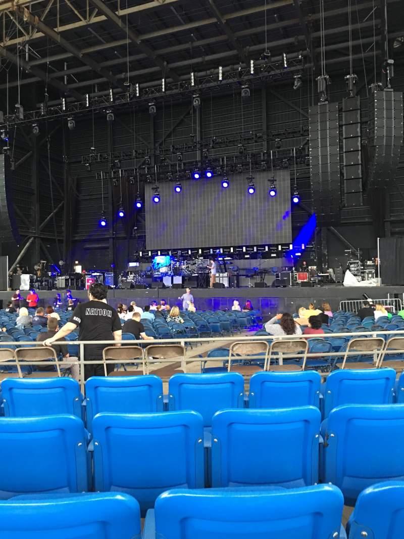 Vista sentada para MidFlorida Credit Union Amphitheatre Secção 6 Fila F Lugar 13