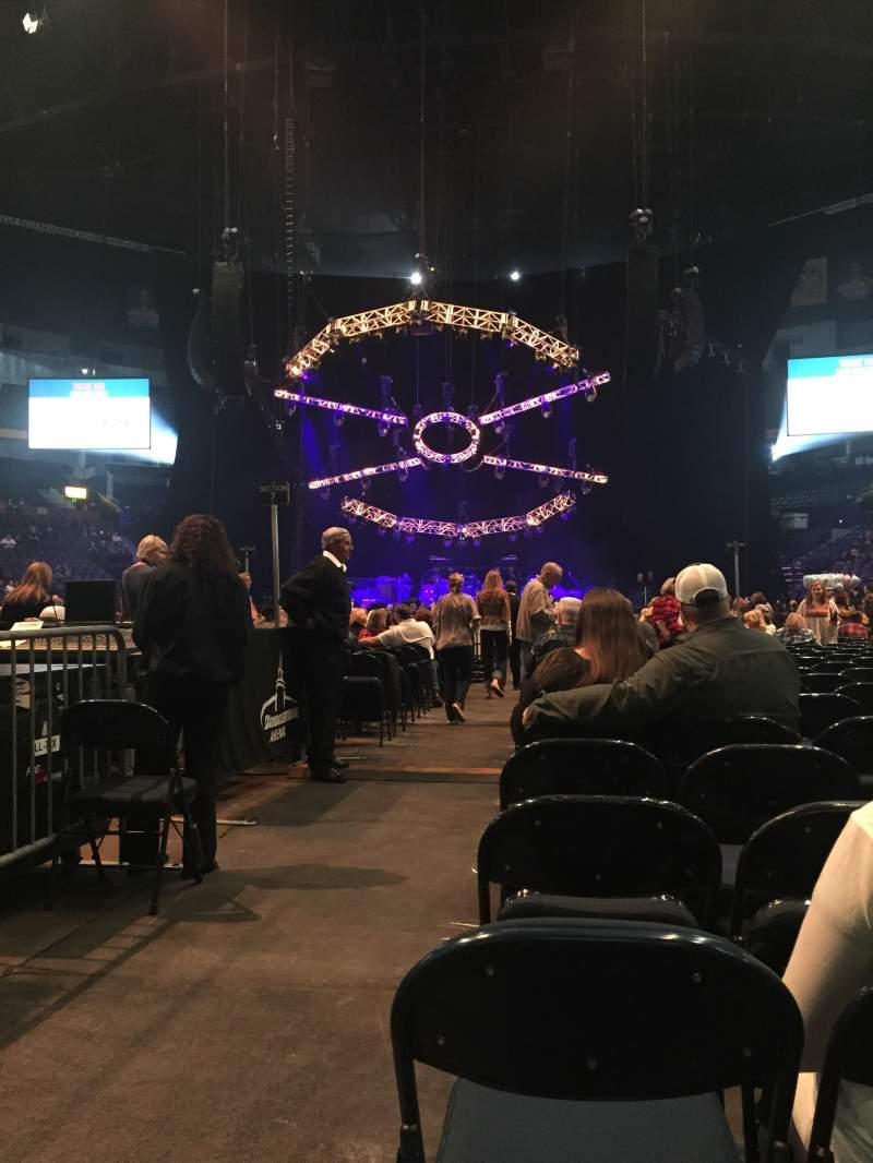 Vista sentada para Bridgestone Arena Secção Floor 6 Fila 19 Lugar 12