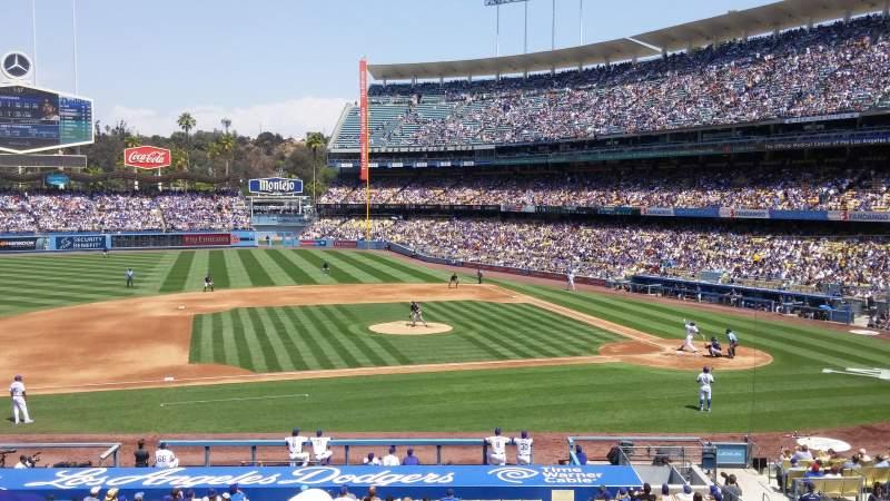 Vista sentada para Dodger Stadium Secção 131LG Fila E Lugar 3