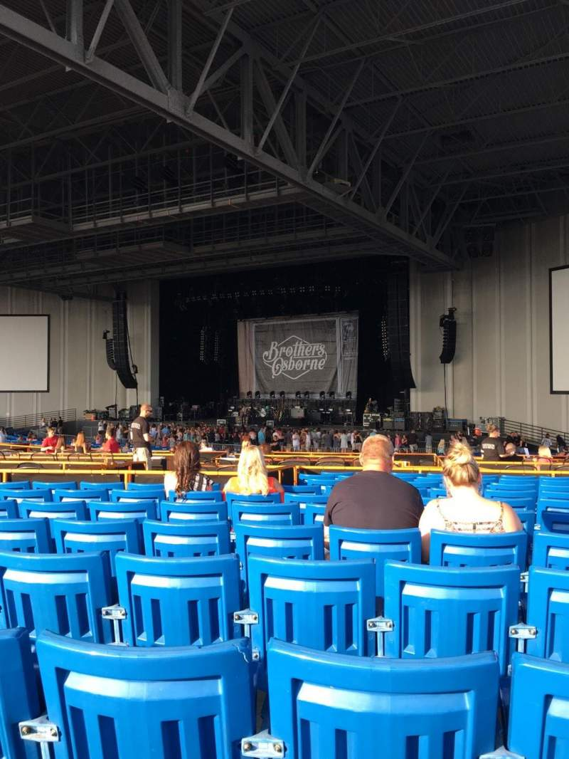 Vista sentada para PNC Music Pavilion Secção 5 Fila Q Lugar 21