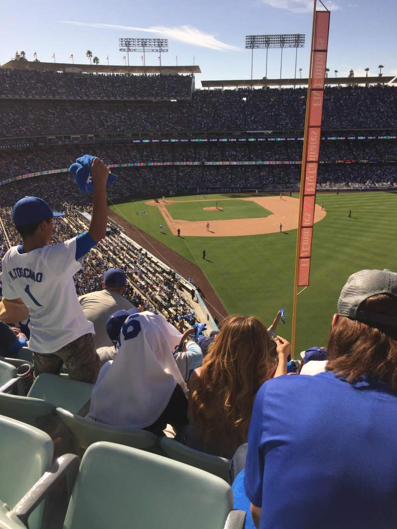 Vista sentada para Dodger Stadium Secção 56Rs Lugar 20