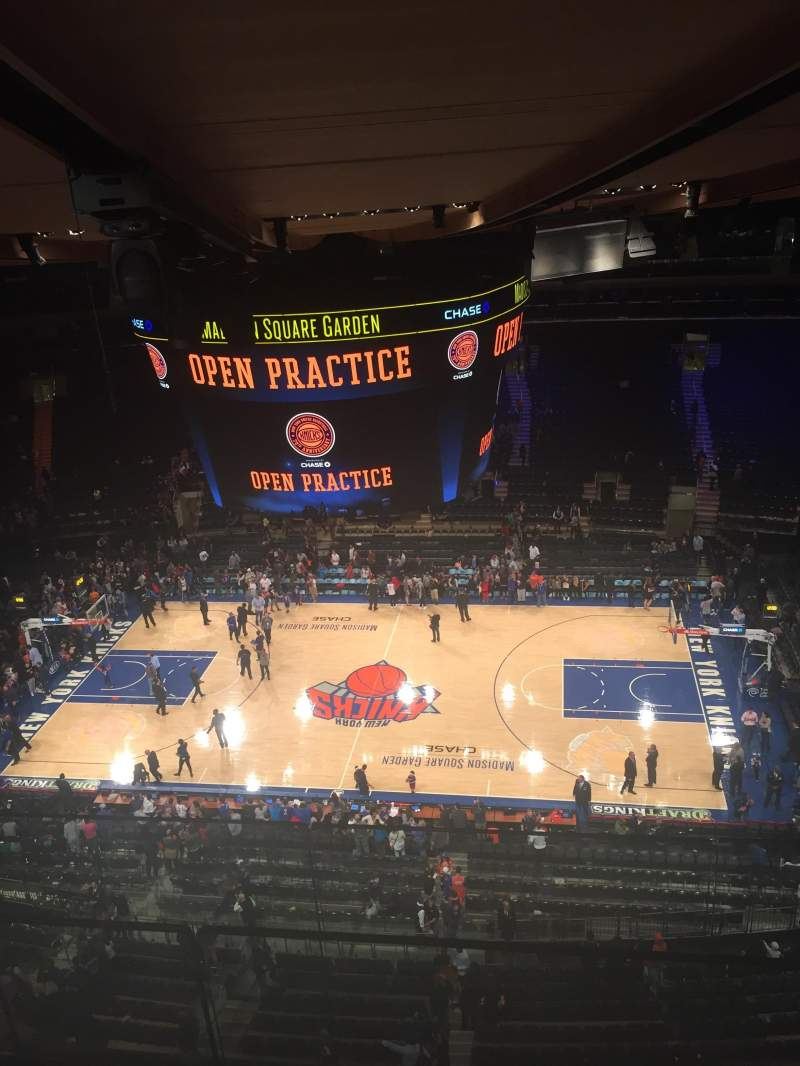 Vista sentada para Madison Square Garden Secção 314 Fila BS Lugar 3