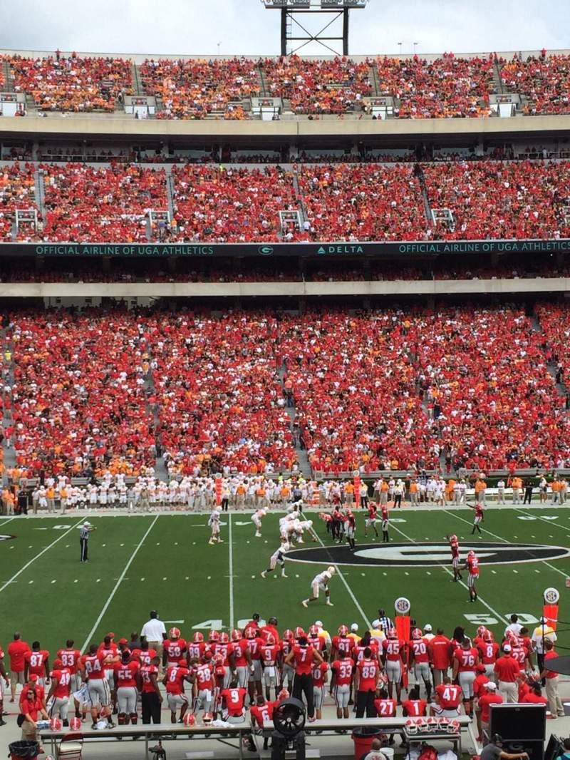 Vista sentada para Sanford Stadium Secção 132 Fila 27 Lugar 12