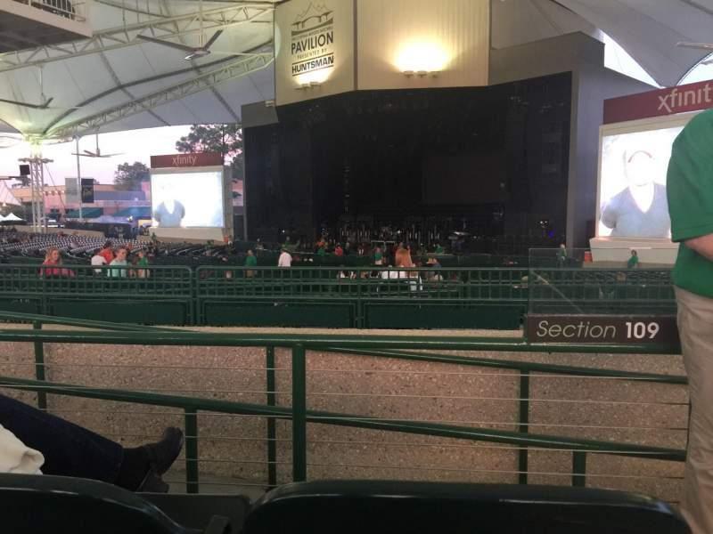 Vista sentada para Cynthia Woods Mitchell Pavilion Secção 109 Fila B Lugar 32