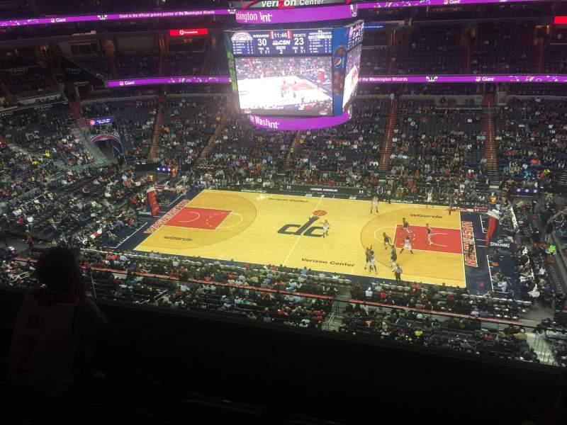Vista sentada para Capital One Arena Secção 418 Fila C Lugar 10
