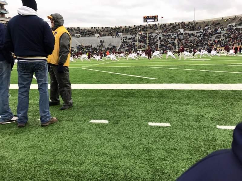 Vista sentada para Notre Dame Stadium Secção 17 Fila B Lugar 2