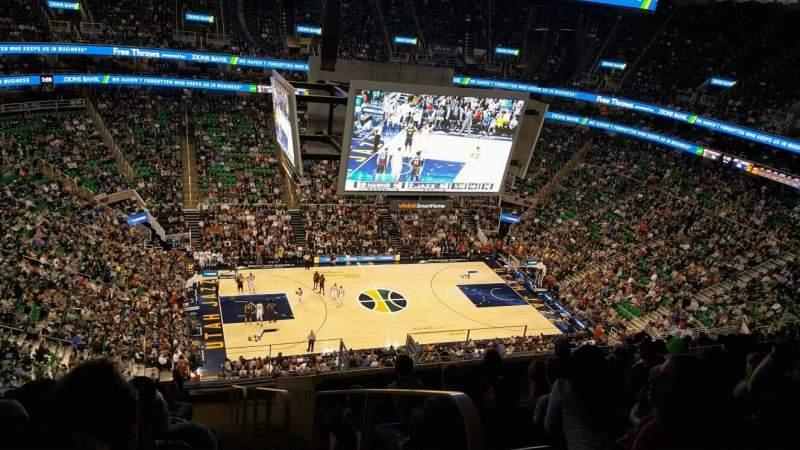 Vista sentada para Vivint Arena Secção 135 Fila 14 Lugar 1