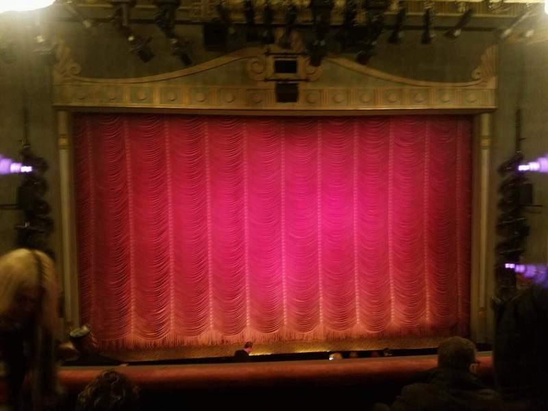Vista sentada para Broadhurst Theatre Secção Mezzanine C Fila 4 Lugar 105