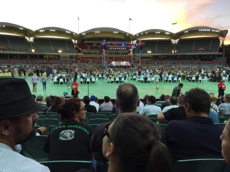 Vista sentada para Adelaide Oval Secção 135 Fila M Lugar 37