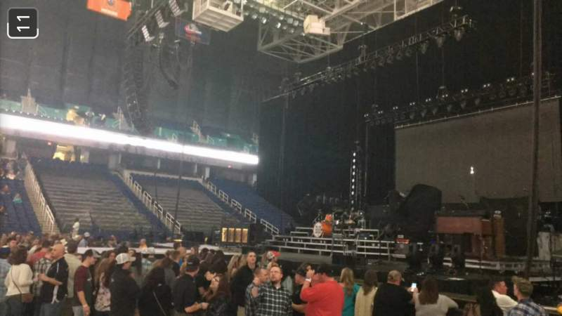 Vista sentada para Greensboro Coliseum Secção 125 Fila D Lugar 13