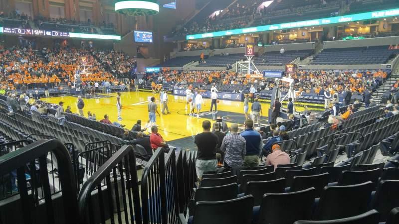 Vista sentada para John Paul Jones Arena Secção 109 Fila L Lugar 15
