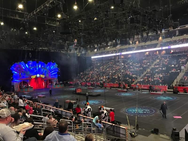 Vista sentada para Infinite Energy Arena Secção 121 Fila N